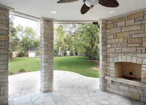 4 Tips On Building An Outdoor Fireplace